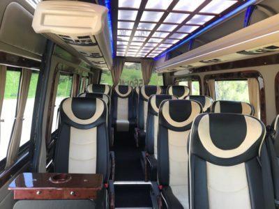 салон микроавтобуса Mercedes Sprinter 2017