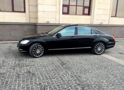 аренда Mercedes-Benz S 500 W 221 в Алматы с водителем
