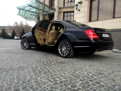 аренда Mercedes-Benz S 500 W 221
