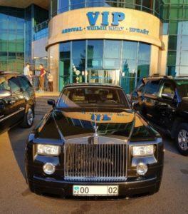 прокат элитного Rolls-Royce Phantom в Алматы с водителем