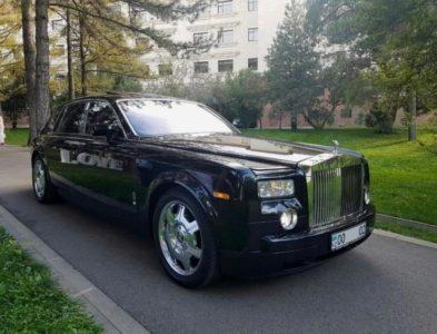 прокат vip авто Rolls-Royce Phantom black с водителем