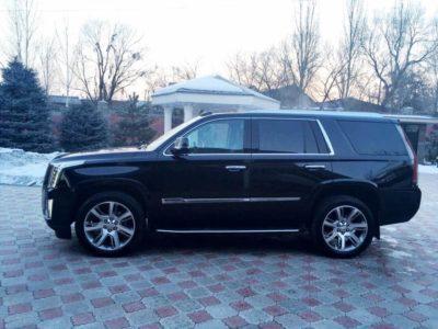 прокат Cadillac Escalade новый в Алматы