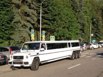 прокат на свадьбу лимузина на 20 мест