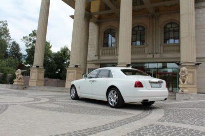 Белый Rolls-Royce Ghost в Алматы