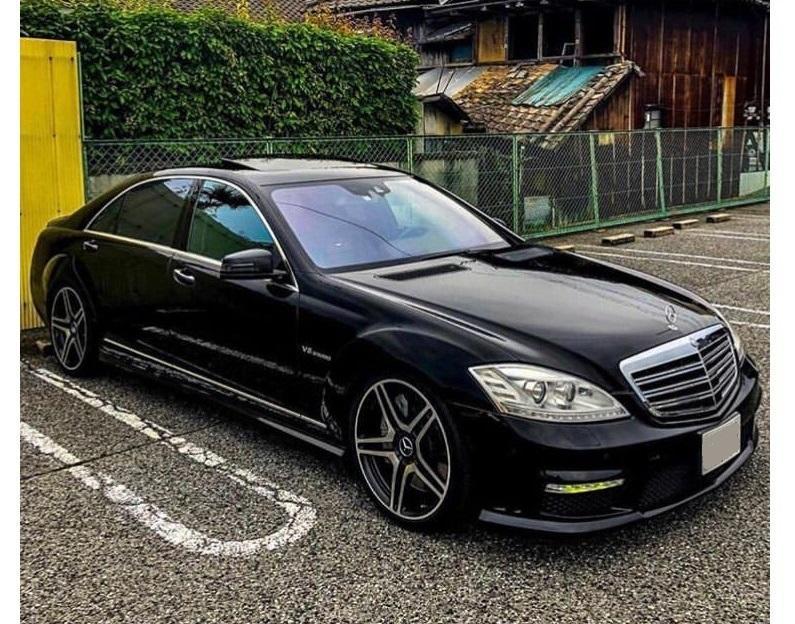 Авто Mercedes-Benz S 500 W 221