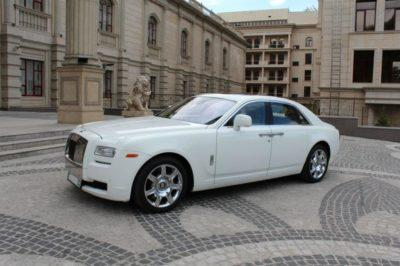 Белый Rolls-Royce Ghost прокат в Алматы